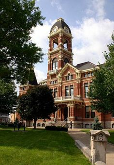 Campbell County Courthouse in Newport, Kentucky
