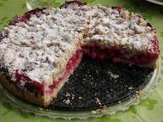 Feiner Johannisbeer - Streuselkuchen Fine currant - crumble cake (recipe with picture) Torte Au Chocolat, Baking Recipes, Cake Recipes, German Baking, German Cake, Sweets Cake, Strawberry Recipes, Food Cakes, No Bake Desserts