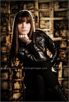 High School Model Shoot with Arising Images. Cool fashion photography.  #arisingimages #pose #senior #pictures #photoshoot