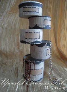 Turn Pringles can into jewelry organizer