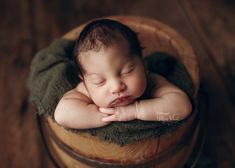 Newborn- Baby-Family Photographer in Denver, Colorado Newborn Photos, Pregnancy Photos, Newborn Photographer, Family Photographer, Baby Family, Beautiful Family, Maternity Photography, Little Babies, Photo Sessions