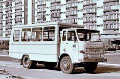 Specjaliści z Polski rodem - historia produkcji pojazdów specjalistycznych Van, Trucks, Stars, Retro, Vehicles, Poland, Antique Cars, Truck, Sterne
