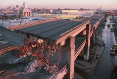 A photo of the collapsed Cyprus Structure after the 1989 San Francisco earthquake. Photograph by Dave Bartruff, Corbis