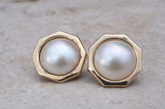 ESTATE 14K YELLOW GOLD MABE PEARL OMEGA BACK OCTAGONAL EARRINGS-585 16mm #Stud