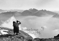 Gebirgstal im Abendschein, 1938 Timeline Classics/Timeline Images #Climbing #Klettern #Berge #Bergsteigen #Aussicht