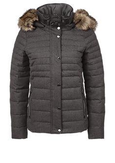 Daunenjacke mit Fake Fur von s.Oliver. Entdecken Sie jetzt topaktuelle Mode für Damen, Herren und Kinder online und bestellen Sie versandkostenfrei.