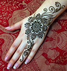 Latest Hand Mehndi Designs 2018 for Girls Henna Hand Designs, Arabic Henna Designs, Latest Mehndi Designs, Mehndi Designs For Hands, Simple Mehndi Designs, Henna Tattoo Designs, Henna Tattoo Hand, Hand Mehndi, Henna Ink