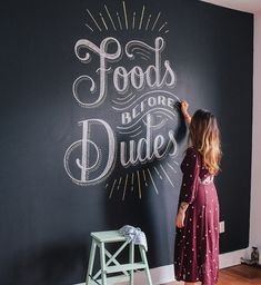 chalk lettering inspiration from Lauren Hom of Chalkboard Lettering, Chalkboard Designs, Chalkboard Paint, Chalk Typography, Chalkboard Drawings, Kitchen Chalkboard Quotes, Chalk Wall Paint, Chalk Art, Types Of Lettering