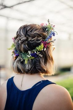 Boho flower crown, fall wedding! Short hair with bohemian braided crown.  #CommunityOverCompetition #Creatives #WeddingPlanner #EventPlanner #EventPlanning #GirlBoss #OhWowYes #WeddingSeason #FF #ThatsDarling #WeddingInspiration #TheEverydayProject #Weddi