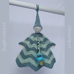 Crochet Pixie Lovie ~ free pattern (in French and English) #lovey