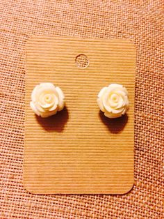 Perfect everyday studs by SeersuckerGypsy on Etsy