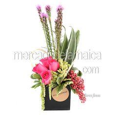centro-mesa-rosas-fucsia