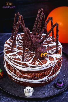 Bolo Halloween, Easy Halloween Snacks, Dessert Halloween, Halloween Decorations For Kids, Hallowen Ideas, Fete Halloween, Halloween Cakes, Halloween 2018, Spooky Halloween