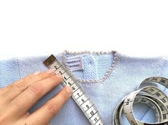 Cómo Calcular Los Puntos para Tejer una Prenda desde el cuello Baby Knitting Patterns, Knitting Stitches, Tricot Baby, Cool Baby Stuff, Knitting Projects, Knitting Ideas, Knit Crochet, Bracelets, Accessories