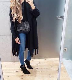 121 vind-ik-leuks, 7 reacties - JOANNA (@tojajoanna) op Instagram: '#blackoutfit#zara#zaraoutfit#bluejeans#mode#style#fashion#ootd#look#styleoftheday#girlstyle#polishgirl#outfitoftheday#autumnoutfit#fashionista#lookbook#girloutfit#modeblog#gashionblogger#'