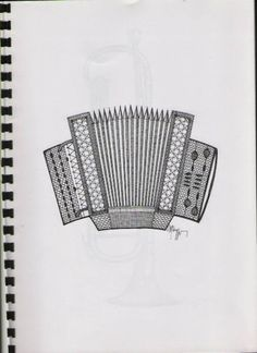 Foto: Bobbin Lace Patterns, Lace Making, Hand Fan, How To Make, Music Instruments, Decoration, Projects, Bobbin Lace, Mariana
