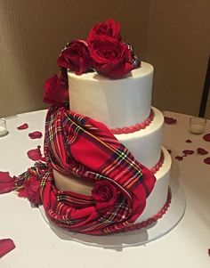 Gorgeous Scottish wedding cake!