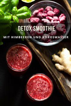 Detox Smoothie mit Himbeeren und Kokoswasser