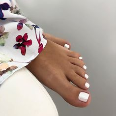 180 eye catching toe nail art ideas you must try page 37 Pretty Toe Nails, Cute Toe Nails, Pretty Toes, Toe Nail Color, Toe Nail Art, Hair And Nails, My Nails, Jamberry Nails, Summer Toe Nails