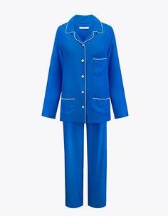 Zakhari Luxury SilkPajamas Set with IvoryPerfect for day and night.Slightly oversized.100% Silk