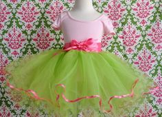Girls green and pink tutu lime with hot pink von TutusChicBoutique, $80,00