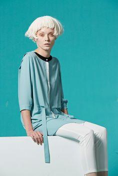 Freisteller Neckholder Reversible Bluse blau von VivacitaShop
