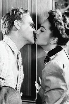 "jodockerys: ""Olivia de Havilland and James Cagney in The Strawberry Blonde (1941) """