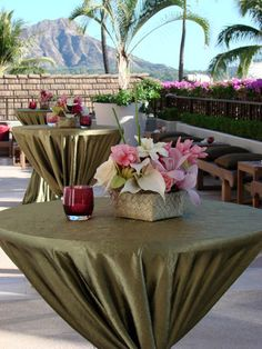 Neat Tablecloth Idea: For round tables, gather the tablecloth creating pleats & tie to base of table with ribbon or flowers. Wedding Prep, Wedding Planning, Wedding Ideas, Hawaiian Wedding Flowers, Tropical Centerpieces, Party Themes, Party Ideas, Pink Color Schemes, Party Central