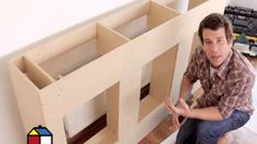 Cmo construir un mueble en obra? Platform Bed With Storage, Diy Platform Bed, Ikea Kitchen Cabinets, Diy Kitchen, Woodworking Projects, Diy Projects, Resource Furniture, Space Saving Furniture, Diy Bed