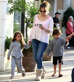 Jennifer Lopez went grocery shopping with twins Max and Emma in Calabasas, California