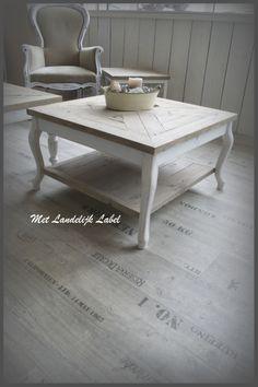 Mooie, stoere, ambachtelijk gemaakte salontafel. Past geweldig in een Landelijk en brocant interieur. Te koop bij: WWW.METLANDELIJKLABEL.NL