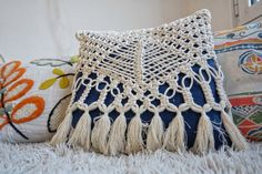 Handmade macrame pillow cover. Macrame home decor for boho and eclectic spaces. Made from 4mm ecru cotton rope. Same design on both sides.  Ready to ship!  Matching macrame home decor --> https://www.etsy.com/listing/490773557/   SIZE The pillow cover fits on a 15.7x15.7 (40x40cm) pillow. Customizations are available if you contact me some time in advance and prepare for longer processing time and possible change in the price.   PACKAGING, GIFTS WRAPS Your macrame ...