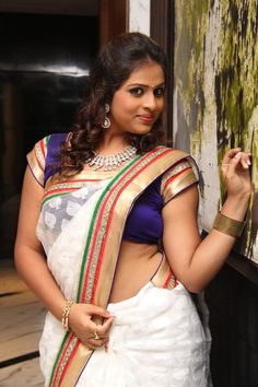 boliwood tv serials xxx actress at DuckDuckGo Kerala Saree, Indian Sarees, Saree Blouse, Sari, Aunty In Saree, Saree Navel, Indian Wear, Indian Beauty, Bollywood Actress