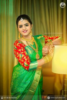 Ezwed has everything a South Indian bride needs to plan her Dream wedding! Wedding ideas,inspiration from Real weddings,Wedding Vendors,Wedding attire,etc. Best Blouse Designs, Bridal Blouse Designs, Saree Blouse Designs, Blouse Patterns, South Indian Bride, Indian Bridal, Saree Wedding, Bridal Sarees, Wedding Bride