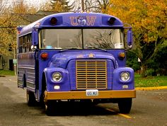 @Amie Dee @Alana Leann Husky Fever Bus!! We need this to tailgate in!