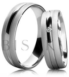 B52 Snubní prsteny v kombinaci žlutého a bílého zlata s lesklým pruhem uprostřed a saténově matným povrchem po stranách. Dámský prsten zdobený kamenem. #bisaku #wedding #rings #engagement #svatba #snubni #prsteny