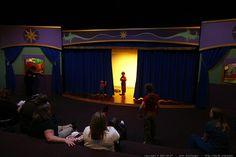 Teatro Infantil - Escenario                                                                                                                                                                                 Más