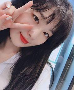 Sooyoung, Kpop Girl Groups, Korean Girl Groups, Girls 4, Kpop Girls, Seulgi Instagram, Kang Seulgi, Red Velvet Seulgi, Kim Yerim