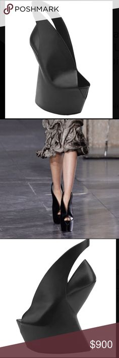 """NWT Iris van Herpen Biopiracy Ankle Boots Limited edition Iris can Herpen x United Nude black leather ankle boots. Only 200 pairs produced. Autumn/winter 2014 Collection. Platforms 2.8"""", heels over platforms 4.7"""", total 7.5"""" heels. Iris van Herpen Shoes Ankle Boots & Booties"""