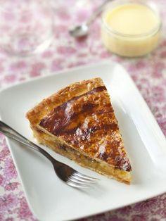 Recette Galette des rois poires, amandes, chocolat . Parfaite, avec un peu moins de sucre...