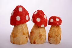 Big toadstools for the garden! www.foxella-and-friends.com