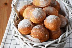 Pancove ardelenesti, Gogosi - Bucătăria Urecheatei Hamburger, Deserts, Bread, Baking, Food, Desserts, Bakken, Eten, Postres