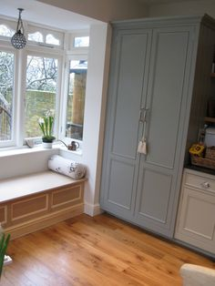 Fascinating Bay Window Seating  Design Inspirations : Astonishing Bay Window Seat Designs Interior Design Bay Window