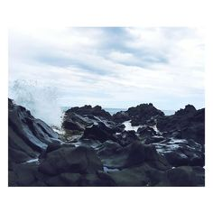Island  #reunion #reunionisland #réunionisland #reunionparadis #iledelareunion #974 #974island #team974 #picofday #picoftheday#pictureoftheday #photooftheday #photo #island #islander #lareunion #landscape #nature #natureporn by lapetiteboudine