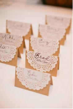 burlap and lace place cards