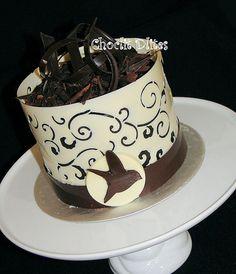 White Chocolate filigree collar with bird detail Chocolate Cakes, White Chocolate, Cupcake Cakes, Cupcakes, Amazing Cakes, Filigree, Tea Party, Cake Recipes, Collars