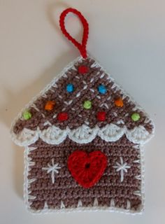 Crochet Christmas Decorations, Christmas Crochet Patterns, Christmas Knitting, Christmas Ornaments, Christmas Gingerbread House, Christmas Cross, Winter Christmas, Xmas, Art N Craft
