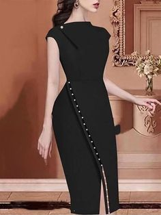 This pure colour mini dresses feature sleeveless and slim cut and it is for the elegant and modern lady in autumn and winter fall mini dressesmini dress casualbodycon min. Mini Prom Dresses, Fall Dresses, Pretty Dresses, Casual Dresses, Formal Dresses, Amazing Dresses, Dresses Dresses, Beautiful Dresses, Classy Outfits For Women