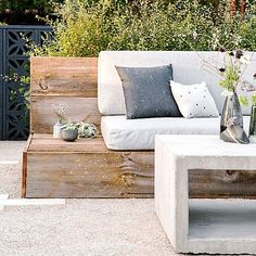 Entertain away - Ideas for a Sleek Urban Garden - Sunset