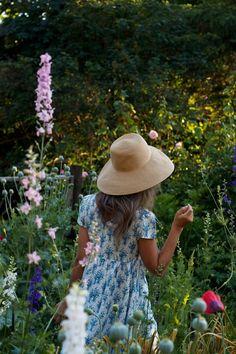 // garden, lifestyle //  https://www.instagram.com/laurelisays/